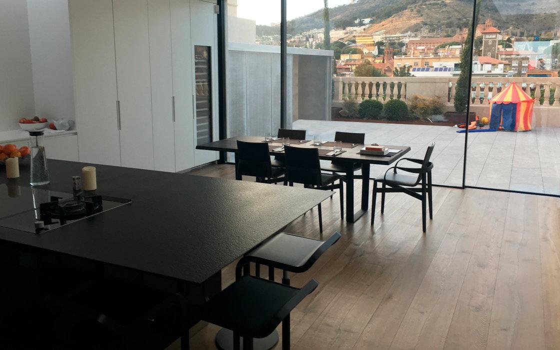 atic invertit amb vistes barcelona (4)